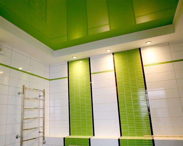 Монтаж потолка в ванной комнате 1