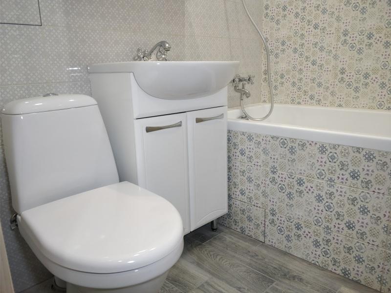 Недорогой ремонт ванной комнаты